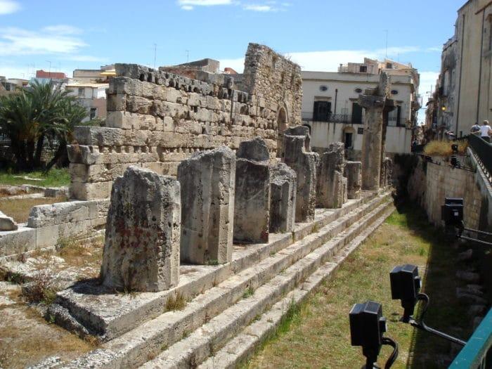 Il Tempio di Apollo a Siracusa