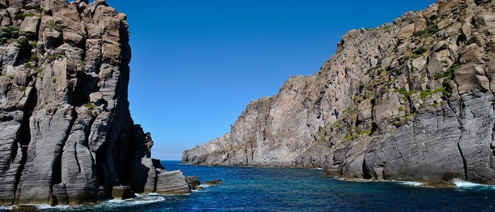 vacanza-in-barca-eolie-panarea