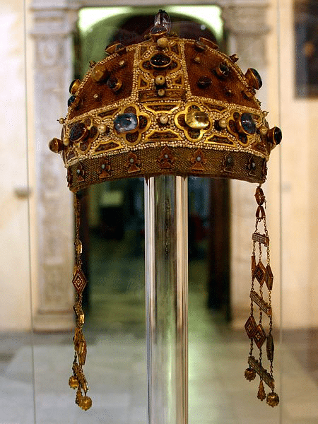 Corona d'oro di Costanza d'Aragona
