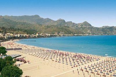 Vacanze in sicilia a settembre giardini naxos messina vacanze