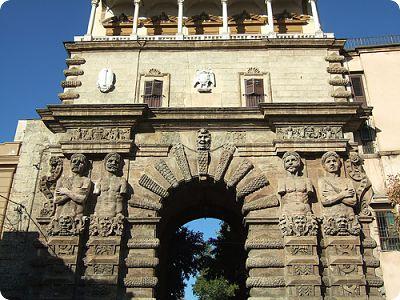 Monumenti in sicilia le antiche porte di palermo vacanze in sicilia - Porte a palermo ...