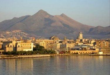 Palermo vista dal Golfo di Mondello