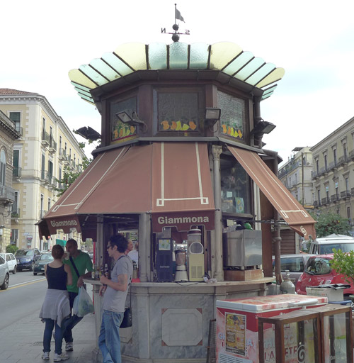 Chiosco Giammona Catania: Seltz Sale e Limone - Mandarino limone