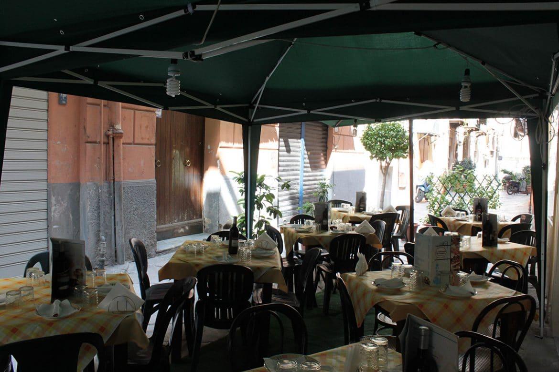 La Tavernetta del Vicoletto Rosy e Umberto - Via Orologio Palermo