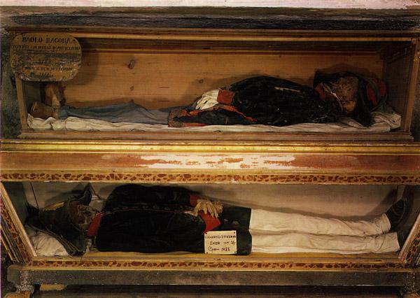 Le Catacombe dei Cappuccini: Storia e Curiosità