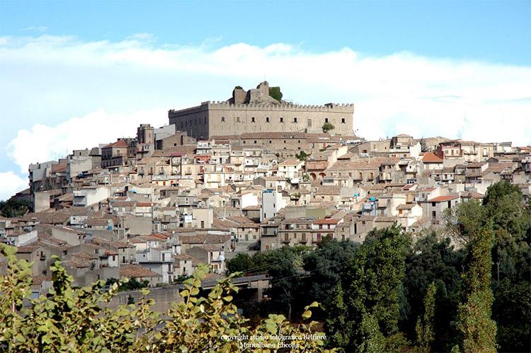 Montalbano Elicona: Borgo Più Bello d'Italia 2015?